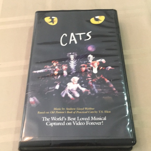 Vintage and rare CATS \u2014 the musical VHS Tape